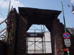 Palazzo Gorani - il portone abbattuto qualche anno fa
