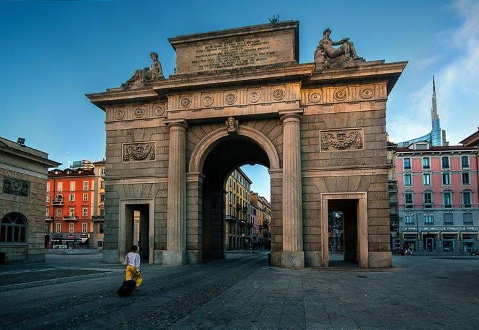Porta Nuova Porta Garibaldi nella foto la seconda