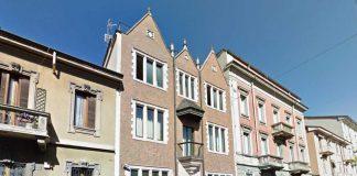Casa 770 in via Poerio. Foto Urbanfile