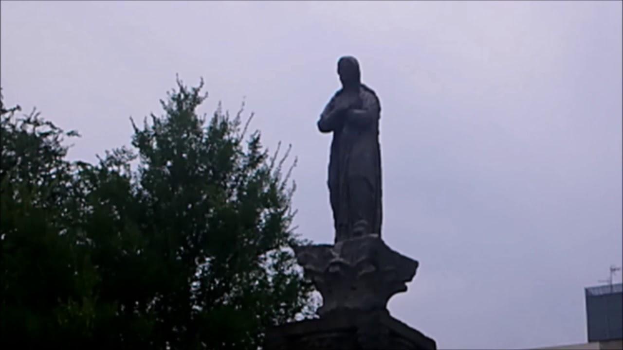 In piazza Francesco Durante ecco una Madonnina