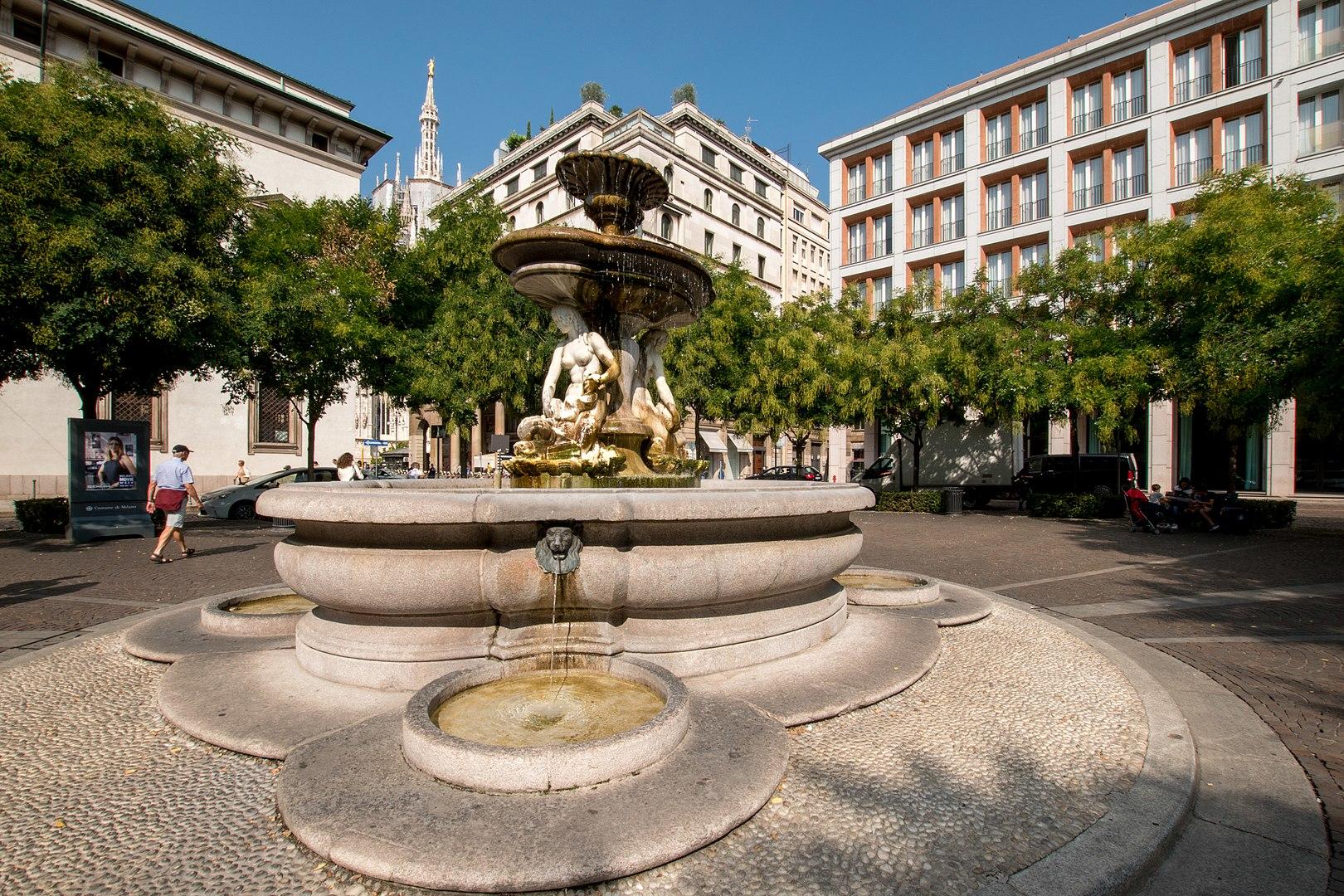 piazza fontana foto di Mbettacc