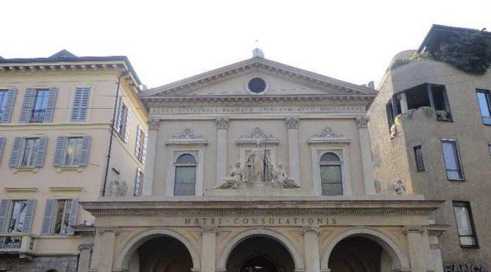 Vicino Castello Sforzesco Santa Maria della Consolazione