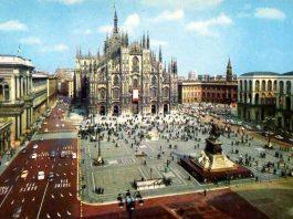 1977 piazza Duomo senza auto