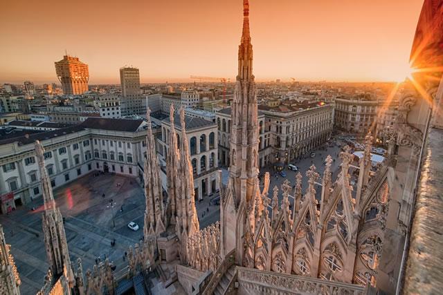 con il sole è bella anche Milano