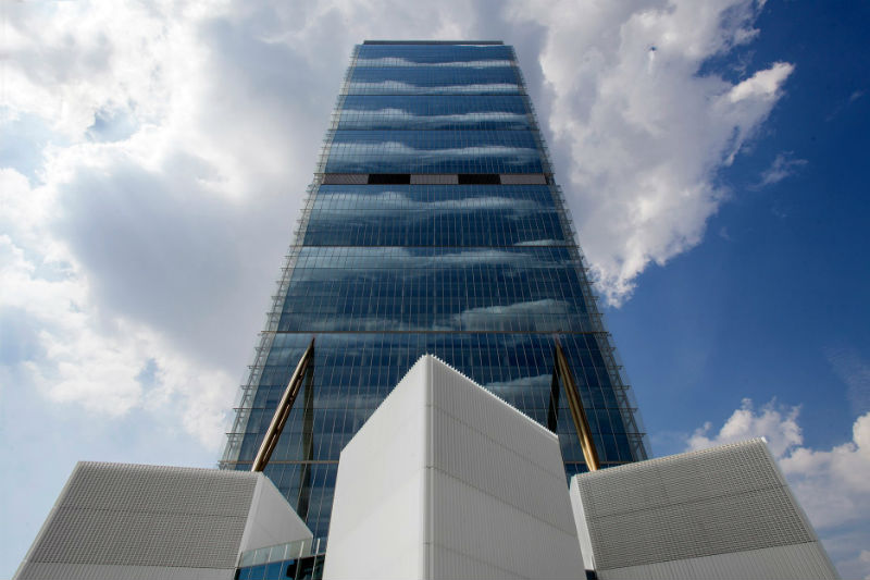 Torre Isozaki