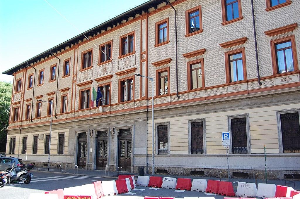 liceo classico manzoni - foto di Andreasciplo