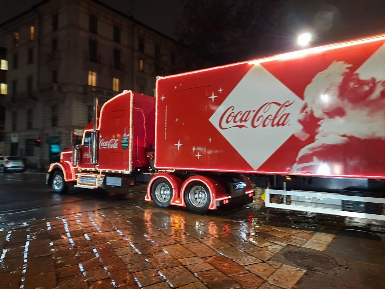 Natale sta arrivando arriva coca cola