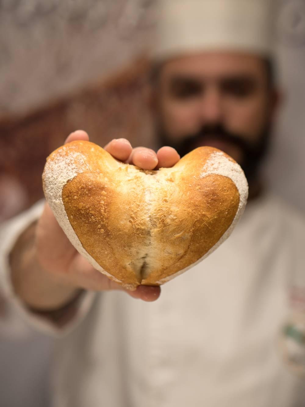 Pane a forma di cuore per San Valentino